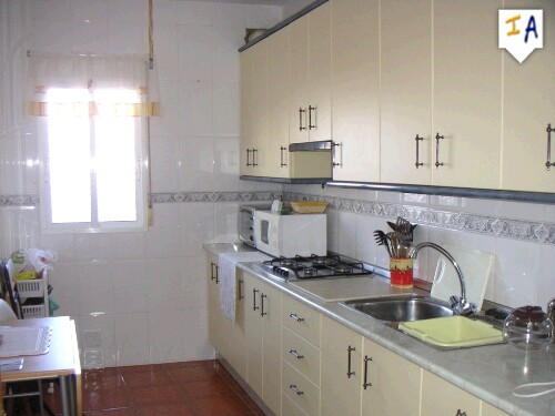2 Bedroom Apartment in Cuevas de San Marcos