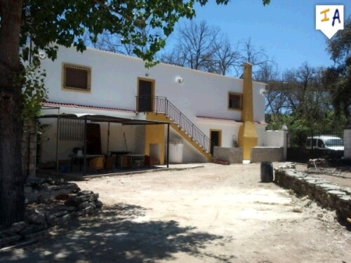5 Bedroom Cortijo in Salinas