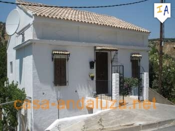 4 Bedroom Cortijo in Almedinilla