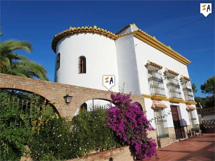 6 Bedroom Cortijo in Cuevas de San Marcos