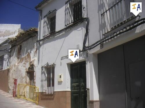 4 Bedroom Town House in El Saucejo