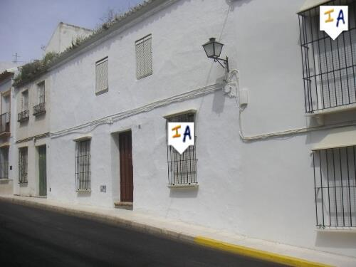 3 Bedroom Town House in Estepa