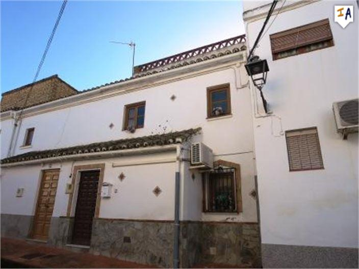 2 Bedroom Town House in Cuevas de San Marcos
