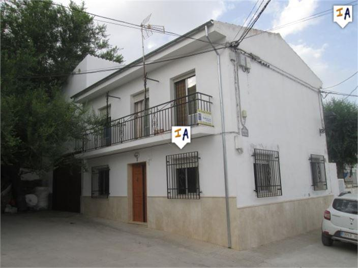 4 Bedroom Town House in Almedinilla