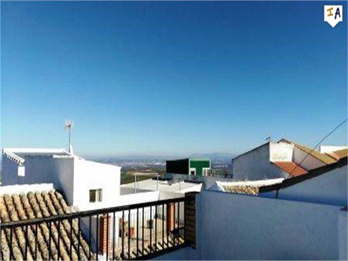 3 Bedroom Town House in Estepa